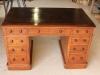 mah pedestal desk